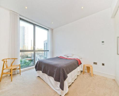 Well proportioned two bedroom apartment for sale in London