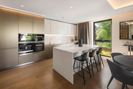 A beautiful three bedroom apartment for sale in London, in the prestigious development