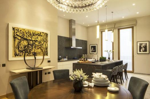 Exceptional two bedroom apartment for sale in London