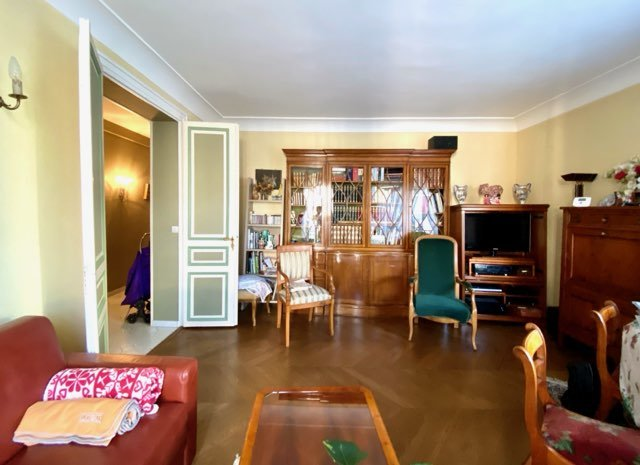 Two bedroom apartment in Paris for sale