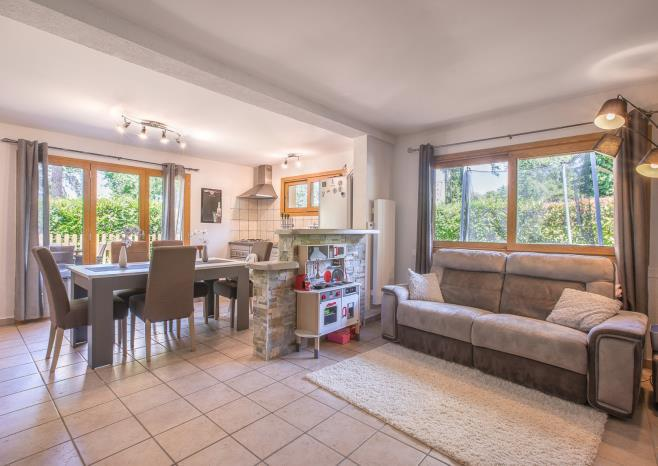 Unique offer: house with 5 separate apartments in Evian-les-Bains
