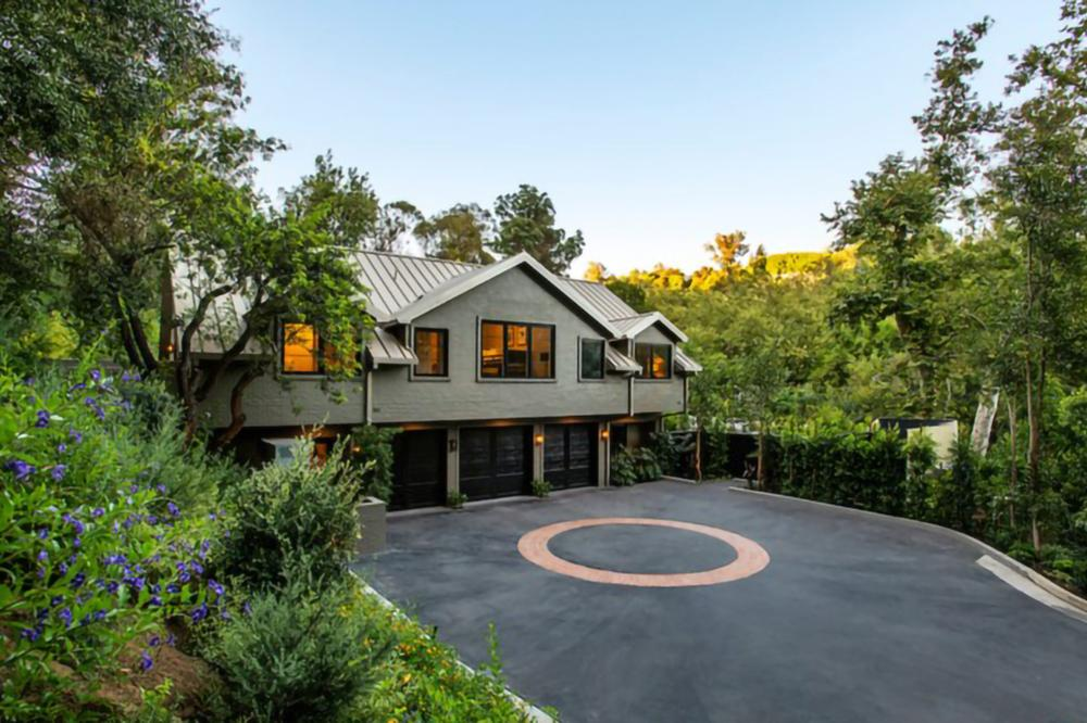Cameron Diaz and Benji Madden's farmhouse in Beverly Hills