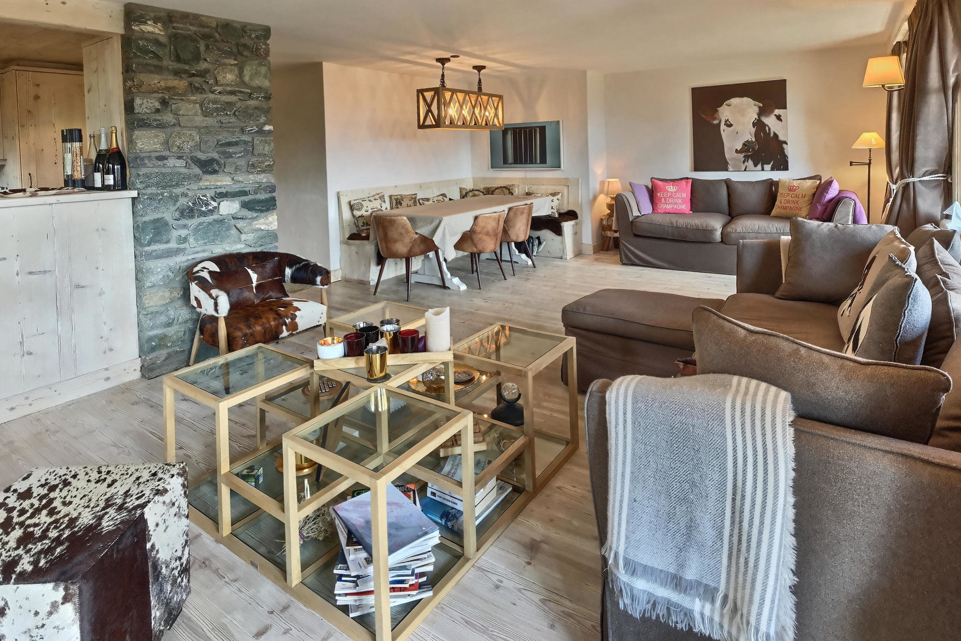 Bright and sunny apartment in Switzerland, near the 'Les Esserts' in the resort of Verbier