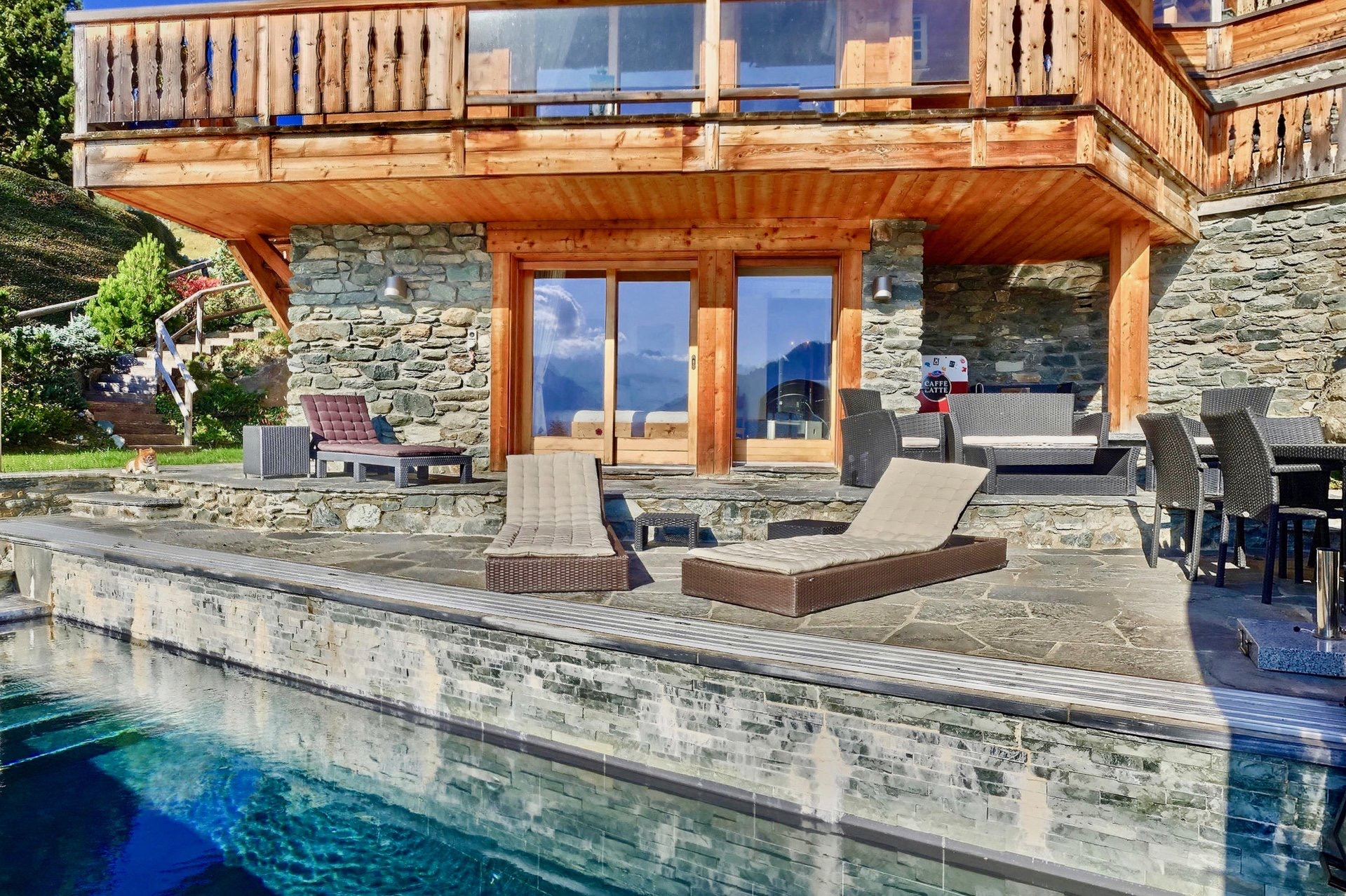 Beautiful chalet in Switzerland, in the center of the Verbier resort in the Alps