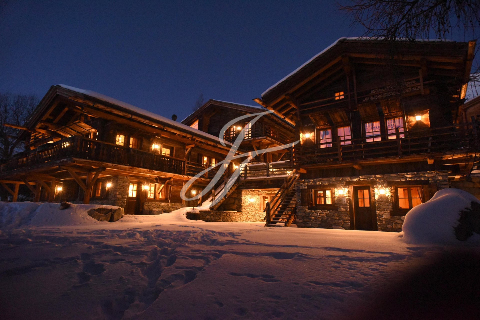 Luxurious chalet in Switzerland, ski resort Verbier, Alps