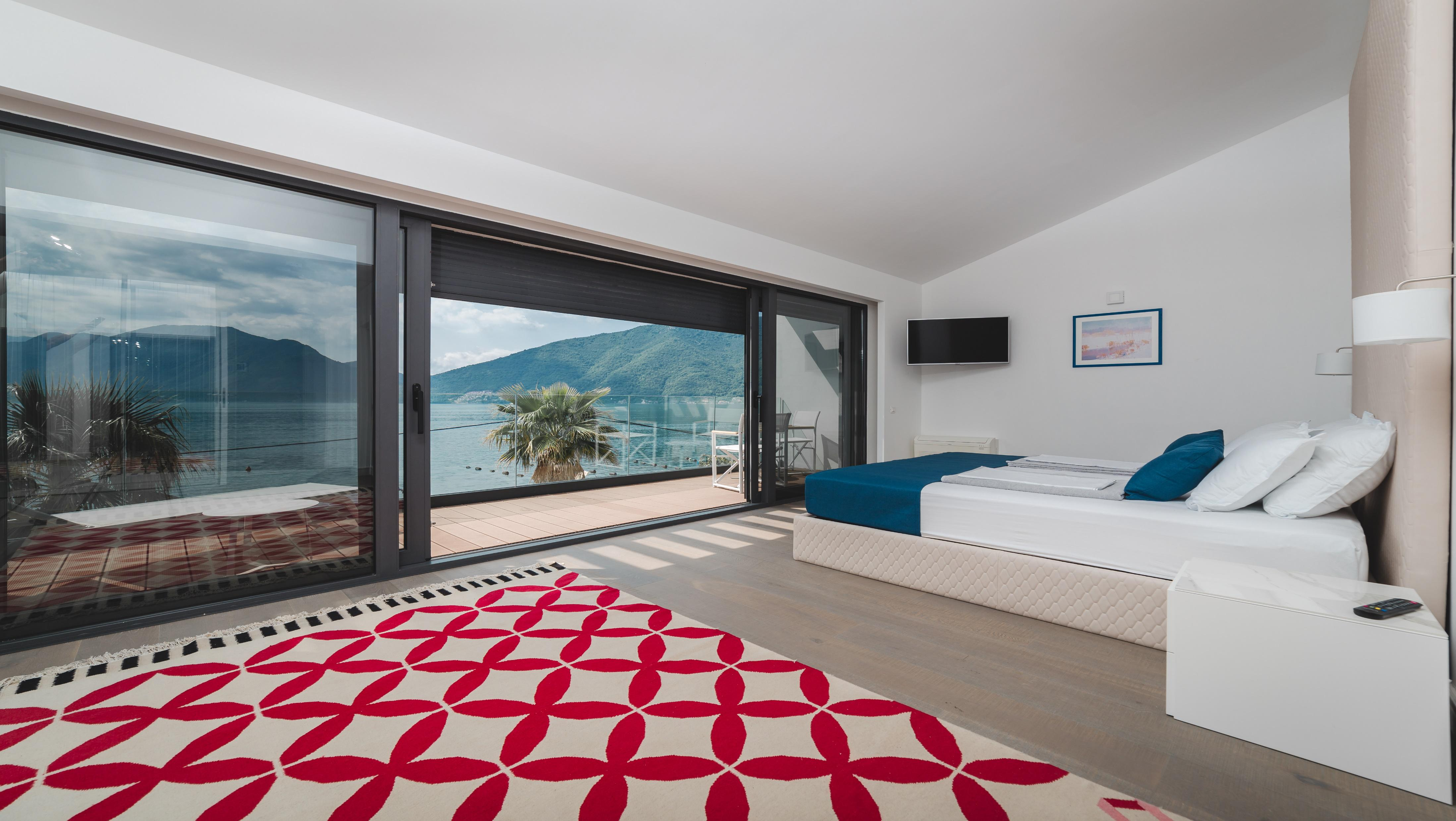 Front line new-built villa in the Bay of Kotor