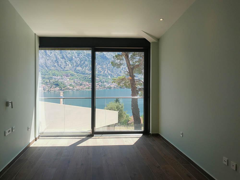 Seaview villa one Bay shores, Kotor
