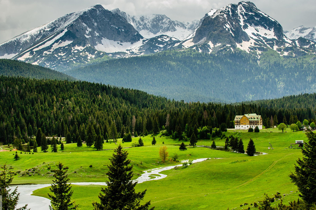 Durmitor Hotel and Villas в национальном парке Дурмитор