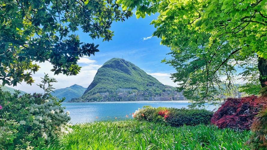 Квартира среди величественных гор в Лугано, Швейцария