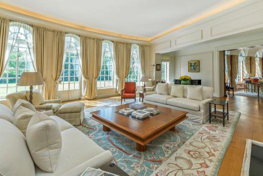 Magnificent historical house for sale in London