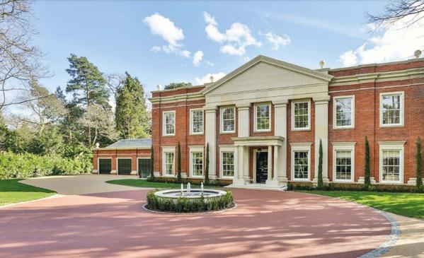 A superlative bespoke new Mansion for sale in London