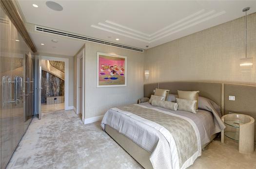 Потрясающий дуплекс апартамент на продажу в Лондоне