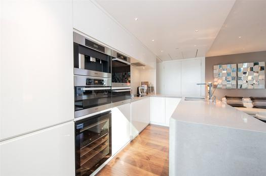 Two bedroom apartment in the center of the City of London