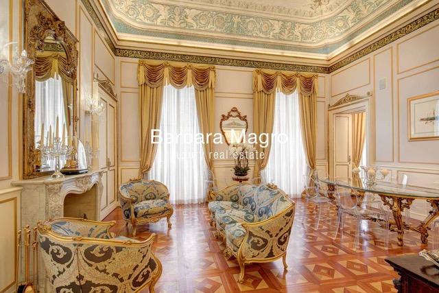 Элегантная и практичная квартира в Милане в здании архитектора с мировым именем