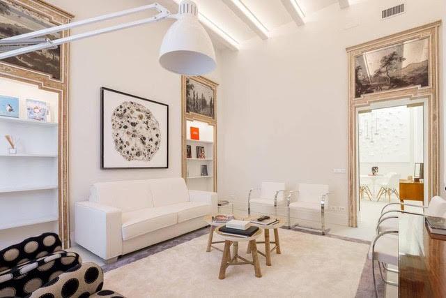 Продажа квартиры в Милане в историческом здании в самом престижном районе