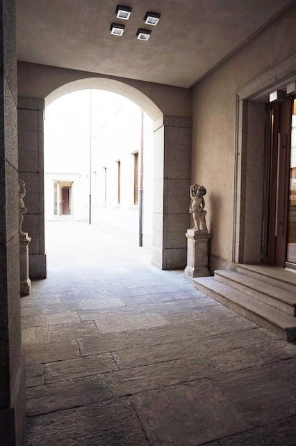 Apartment for sale in Milan in a historical building in the most prestigious area