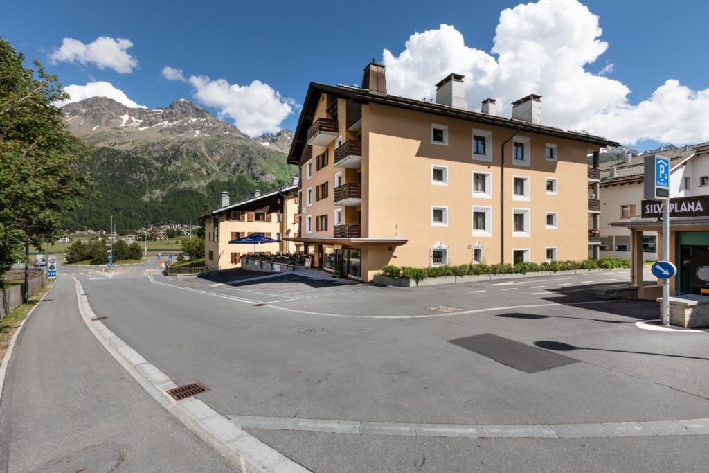 Apartment in Switzerland overlooking the Alps