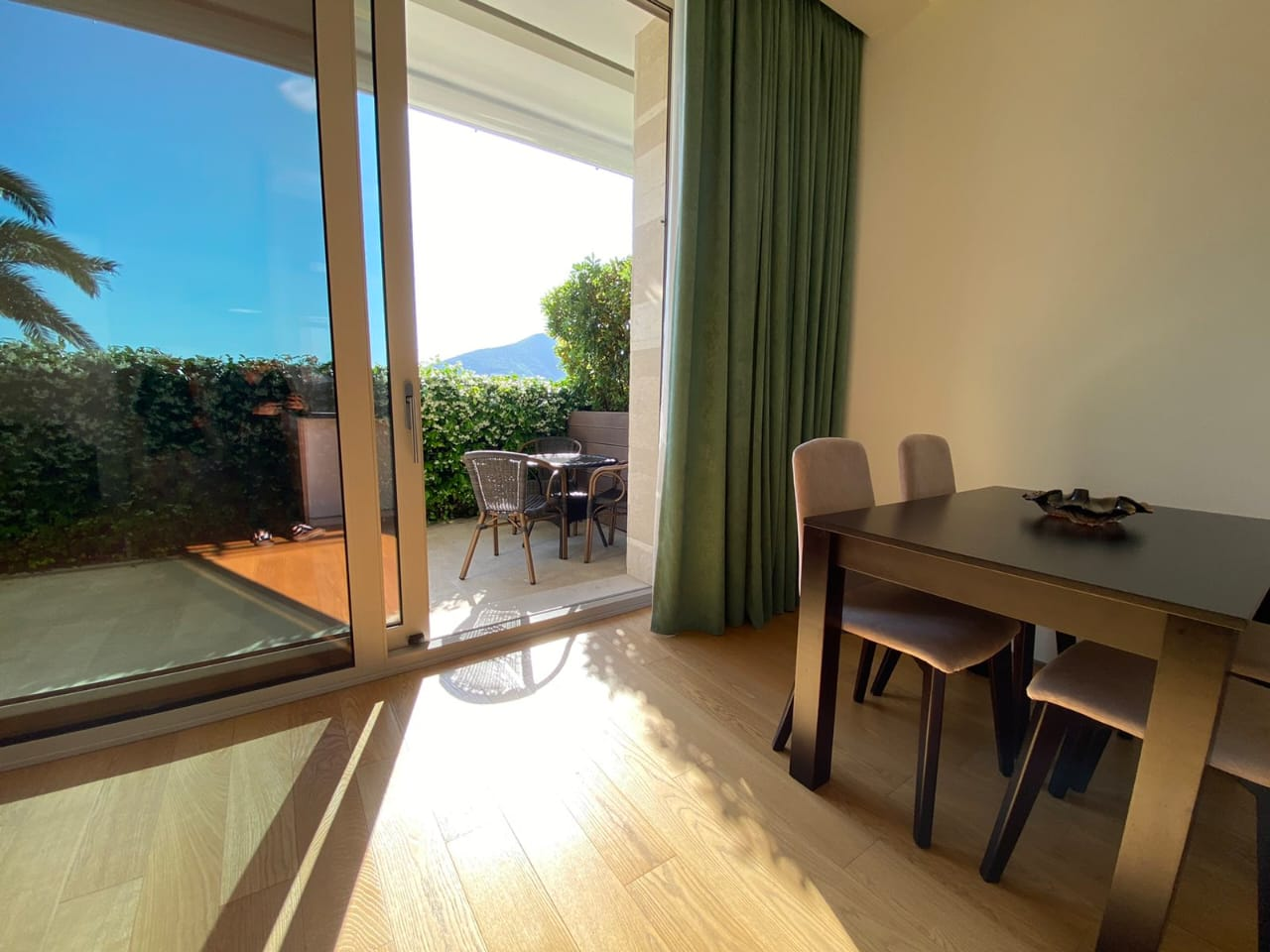 Apartment with sea view in Budva, Dukley Gardens complex