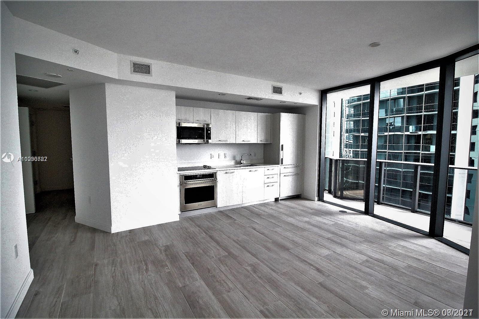 Апартамент с двумя спальнями в Brickell Heights, Майами
