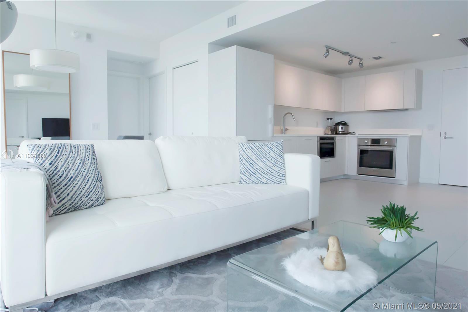 Апартамент с двумя спальнями в Paraiso Bayviews, Майами